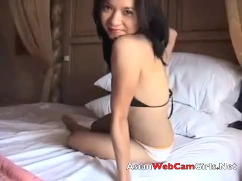 Filipina webcam girl sexy hot in bra and panties